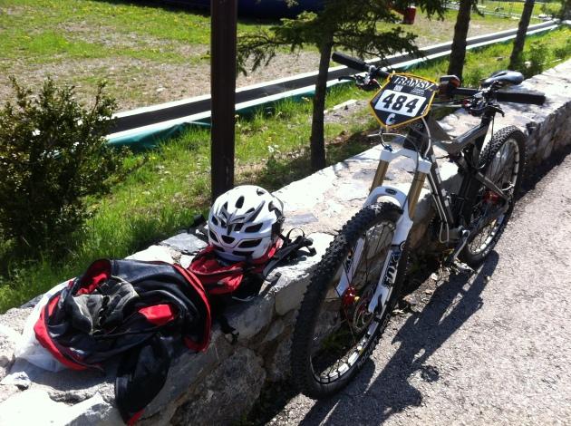 Vélo marqué & plaque